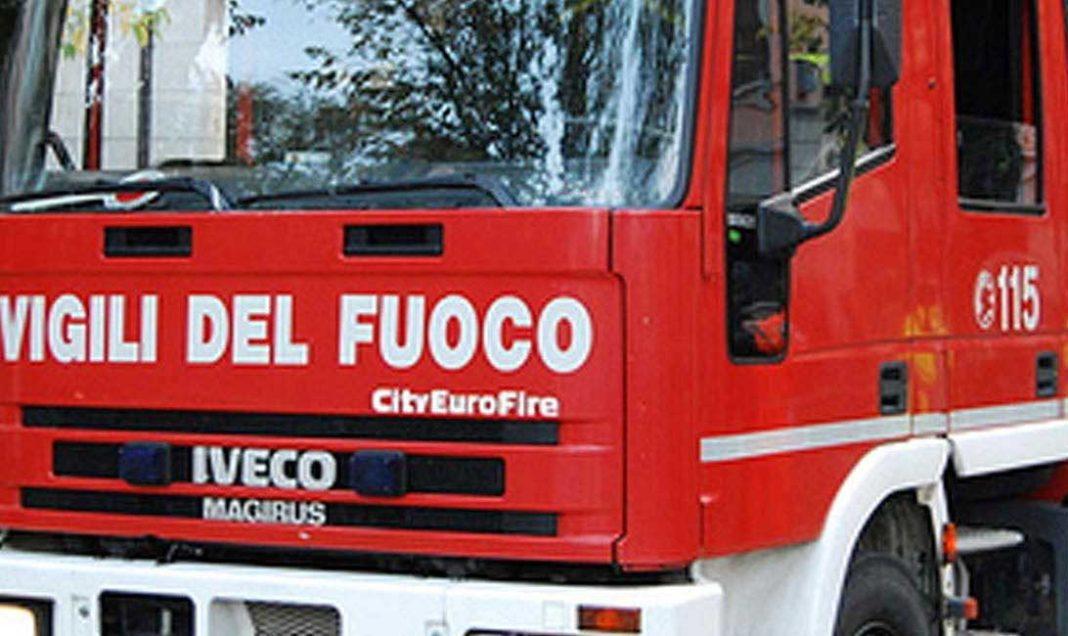 piazza-del-popolo-fiamme