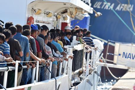 sbarco migranti