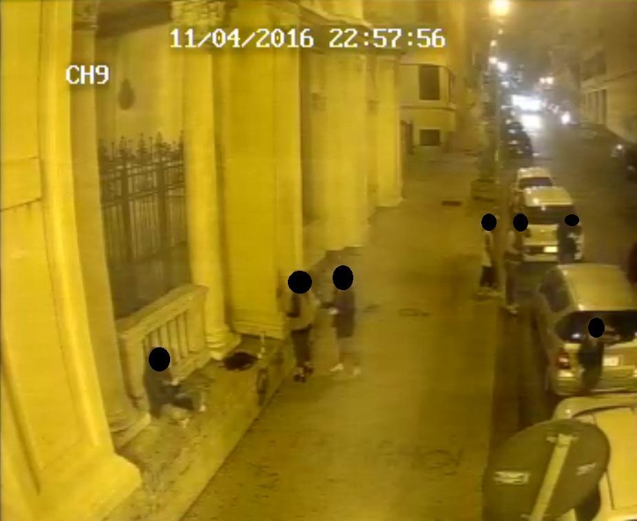 atti-vandalici-del-11-4-16