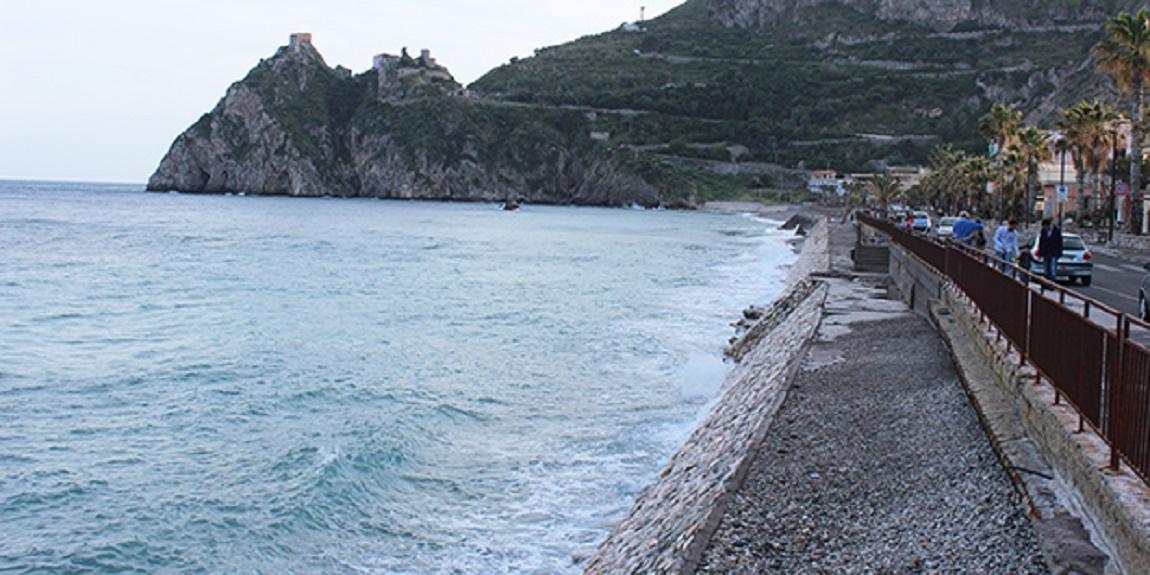 A Santa Teresa di Riva ritrovato presunto ordigno bellico