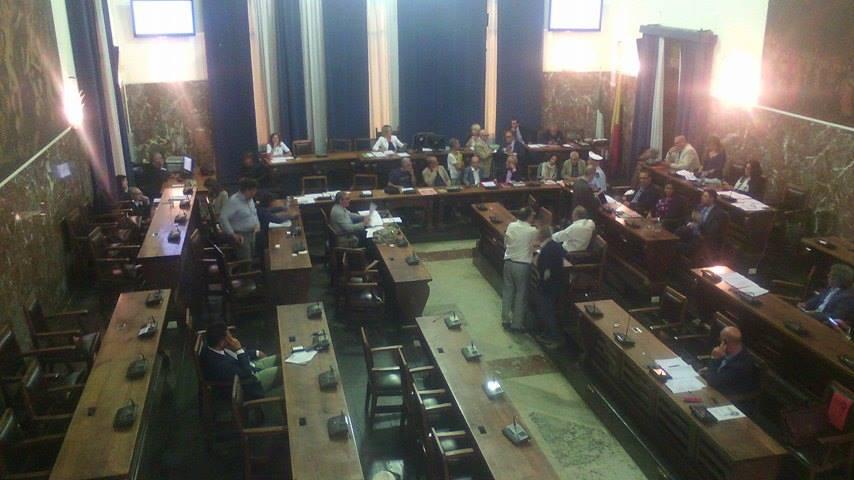 Palazzo Zanca: il Consiglio comunale, approva il Piano di riequilibrio