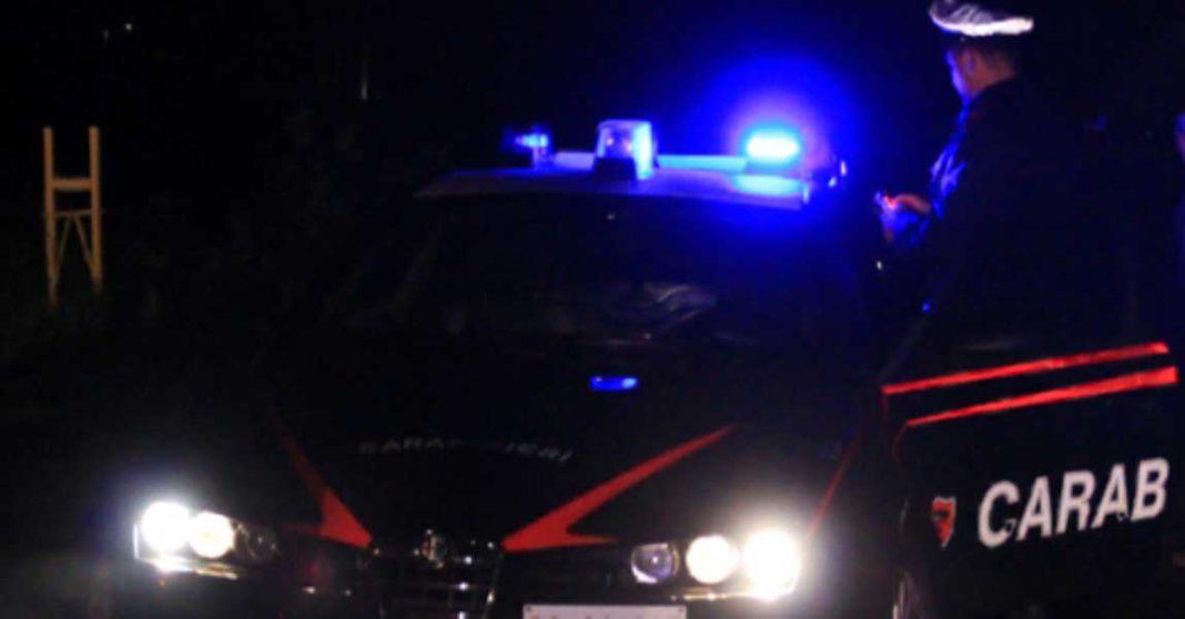 carabinieri-gazzella-notte