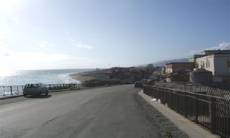 Messina, clochard trovato morto a Maregrosso