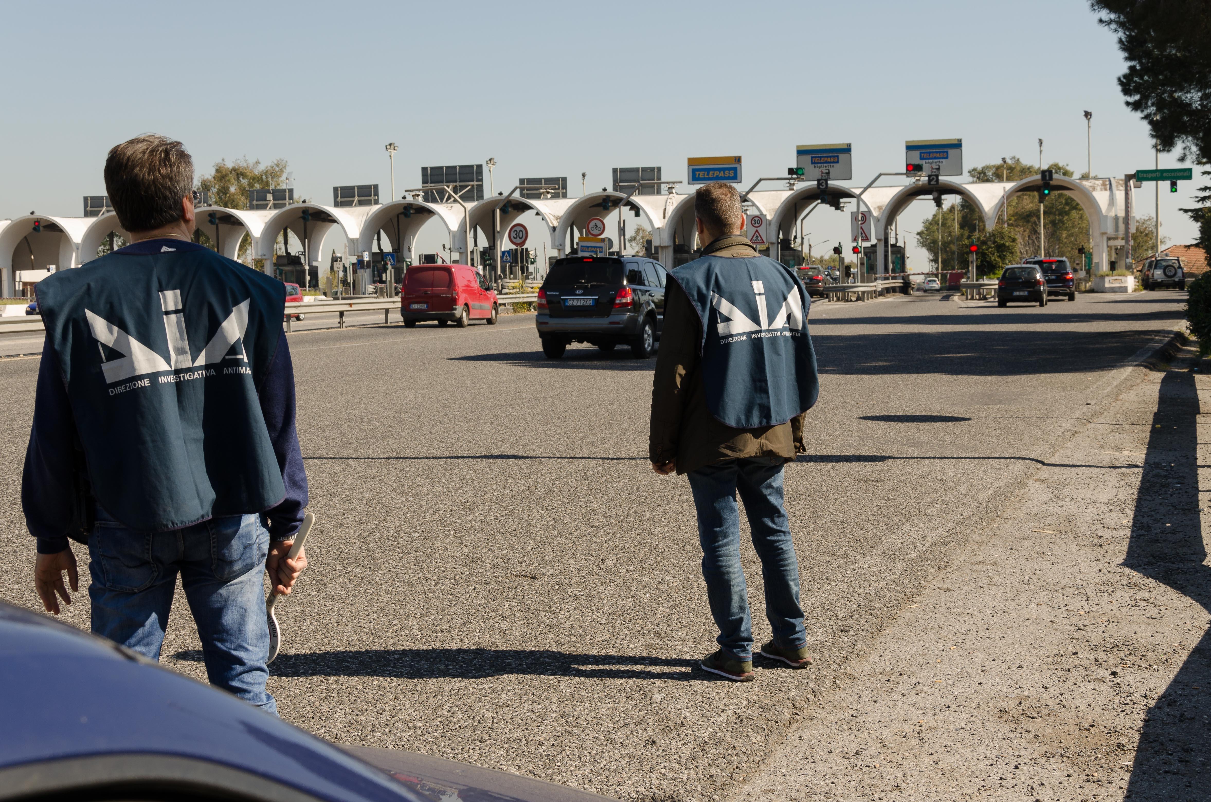Messina, incentivi al Cas: dodici dipendenti sospesi dal gip