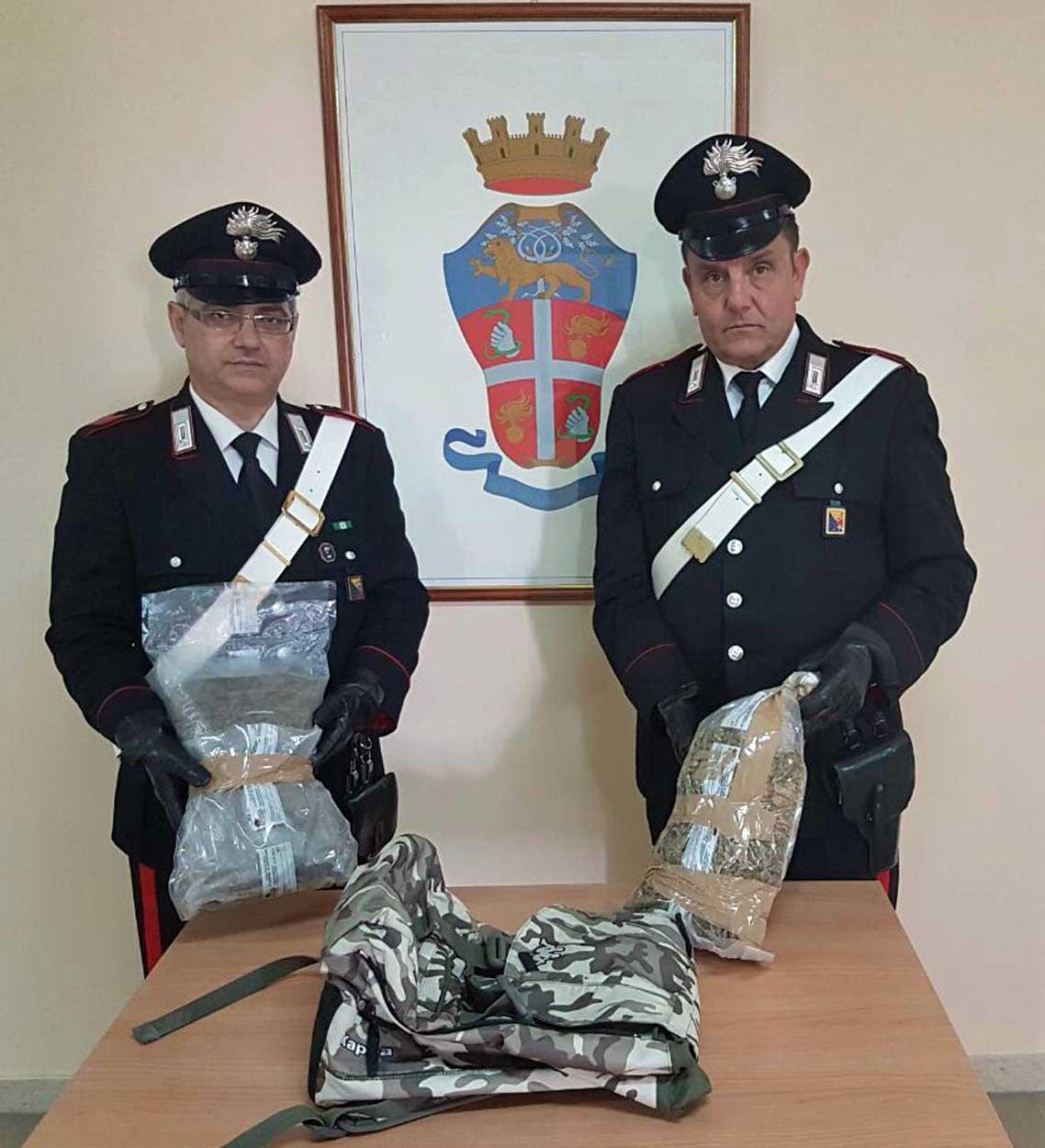 Messina, speronano l'auto dei carabinieri, inseguiti e arrestati