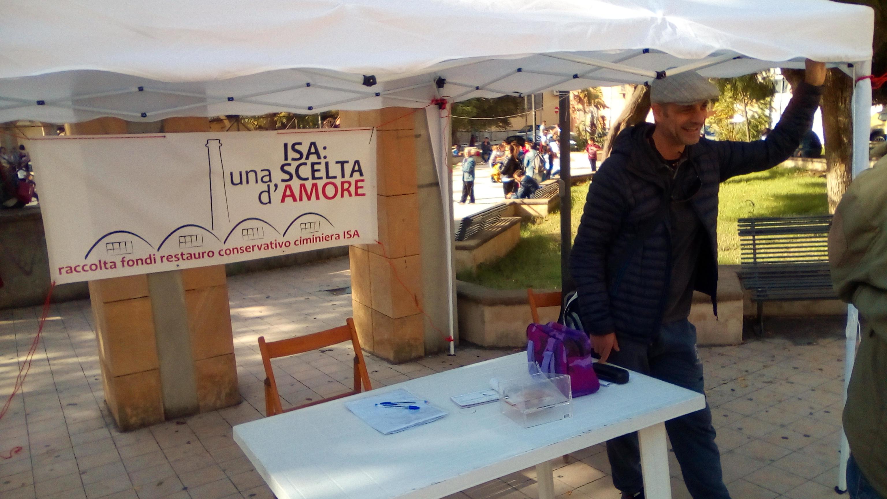 Si e' tenuta anche stamane a Villa San Giovanni (RC), la raccolta fondi per il restauro della ciminiera ISA - Messina Magazine